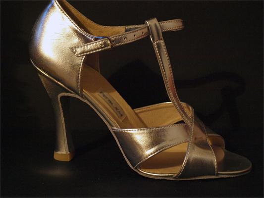 Купить бальные туфли для девочки в минске